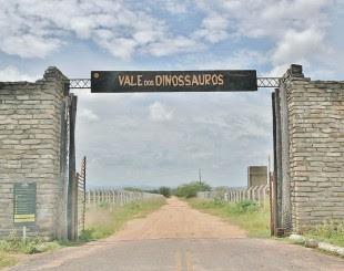 Vale-dos-dinossauros-310x245