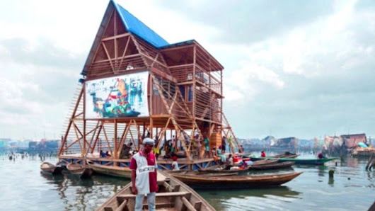 The Nigerian school that floats on water - BBC News