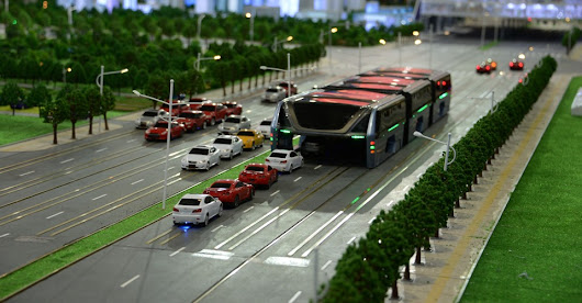 The 'Straddling Bus' That Can Glide Over Traffic Debuts in China - The Atlantic