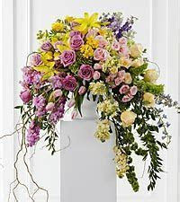 Decorating with Flowers: Classic and Contemporary