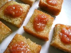 pan frito con salsa