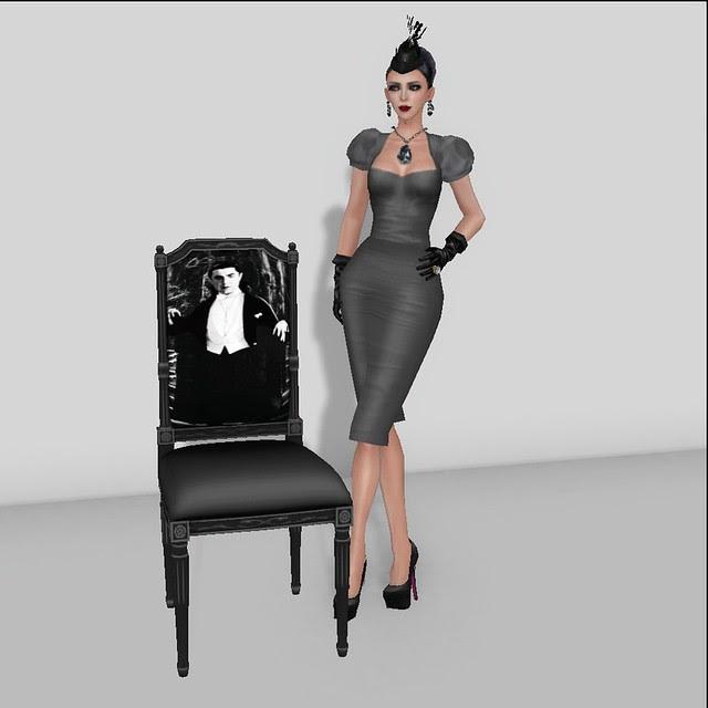 Dollarbie Horror Icon Chair