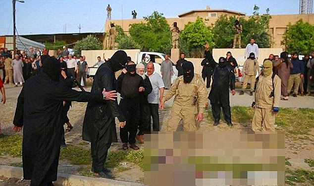 Before being thrown into a giant cauldron of boiling water, the seven ISIS absconders had their hands and feet bound tightly making absolutely sure of no escape