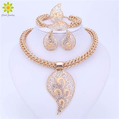 Gold Color Jewelry Set Costume Design Big Pendant Necklace