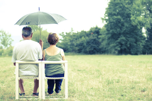 Single or joint life insurance policy: which should couples choose?