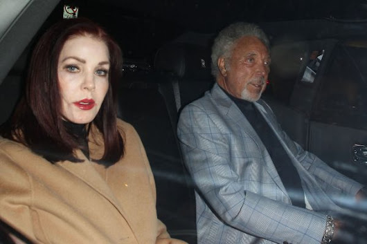 Tom Jones lifts the lid on romance with Priscilla Presley – and admits Elvis 'wouldn't