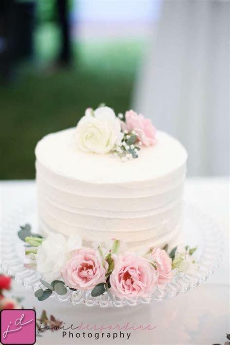 Best 25  Small wedding cakes ideas on Pinterest   Wedding