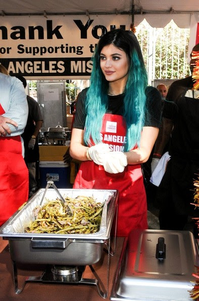 Kylie Jenner is seen serving the homeless for the Los Angeles Mission's Thanksgiving celebration.