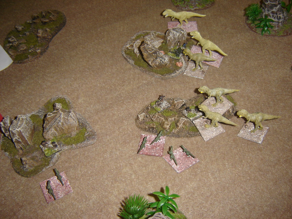 Americans camoflage hides forces Dinosaurs to search for them