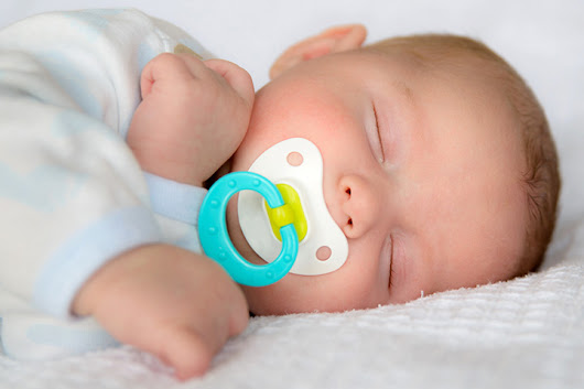 15 Best Baby Pacifiers For You To Choose