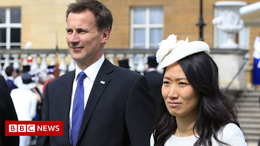 Jeremy Hunt makes wife nationality gaffe