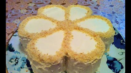 Быстрый торт на сгущенном молоке / Рецепты с фото