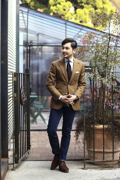 http://tailorablenco.tumblr.com/post/107202790646/todays-look-tweed-jacket-porter-harding