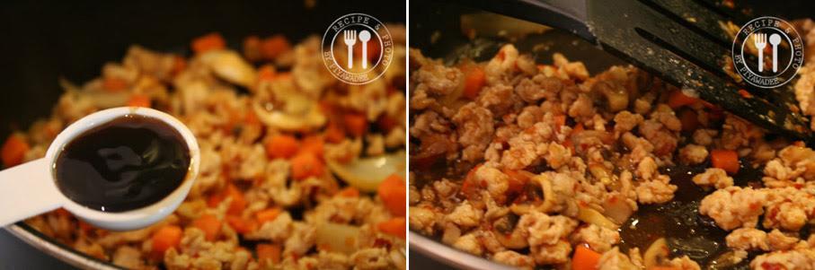 Voeg oestersaus , sojasaus , vissaus , suiker en water toe en roerbak tot het vlees gaar is.