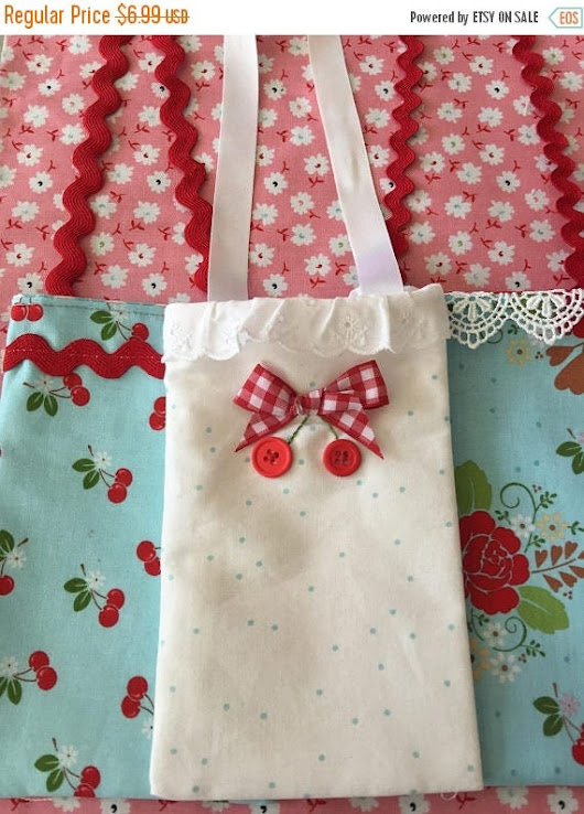 Mothersdaysale Phone Carrier Tote 4 1/2 x 9 1/2