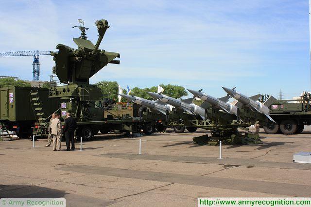 La Defensa-Aire de la Fuerza Aérea de Vietnam ha actualizado correctamente el sistema de misiles de defensa aérea de fabricación rusa S-125-2TM Pechora después de un lanzamiento de prueba reciente en Hanoi, informó el sitio web del gobierno chinhphu.vn. La Defensa-Aire de la Fuerza Aérea, en cooperación con expertos extranjeros, el pasado jueves 04 de junio 2015, celebró un lanzamiento de prueba de tres mejorado los sistemas S-125-2TM Pechora, que forma parte de la segunda fase de un plan para mejorar el medio plazo Pechora misiles de defensa aérea para el servicio.