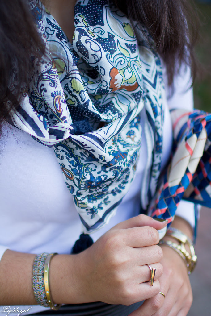 fly away scarf-7.jpg
