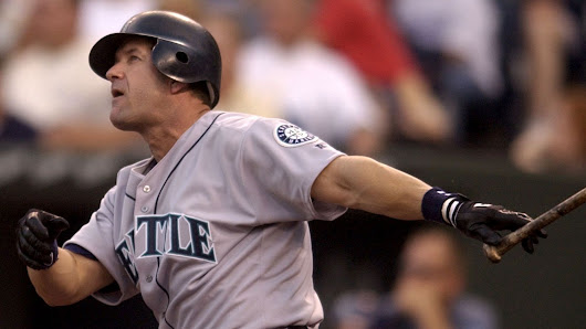 Edgar Martinez Deserves the Hall of Fame-Now! —by Mark Arnold