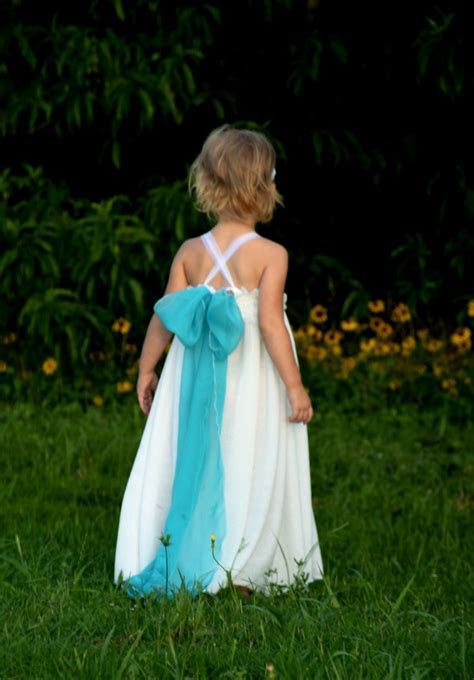 Simple flower girl dress white chiffon lace free flowing