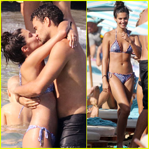 Sara Sampaio Shows Off Her Bikini Body on Vacation with Boyfriend Oliver Ripley!