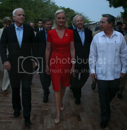 cindy-mccain-first-lady-red-dress