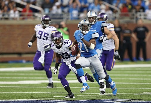 RB Theorem: Rookie Stunner Series: @DFF_Cog looks back at Reggie Bush  While the receptions were fertile...