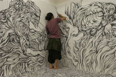 yosuka goda wall drawing