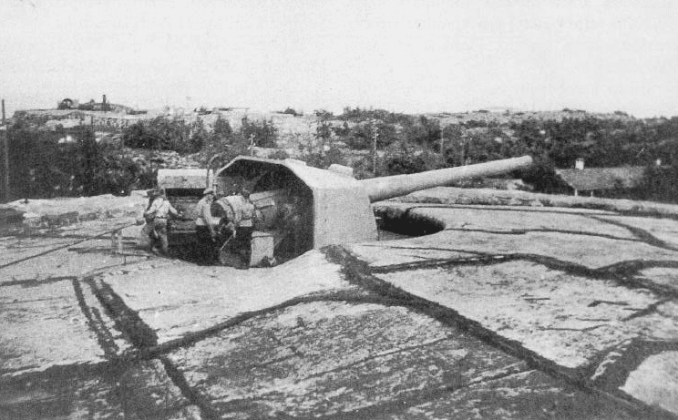 File:Finnish-russaro-234mm-coastalartillery-1930s.png
