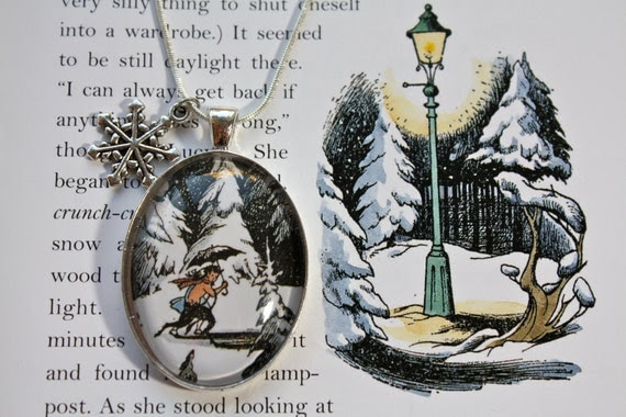 Narnia: 'Lucy & Mr Tumnus' Winter Wonderland Book Page Illustration Necklace