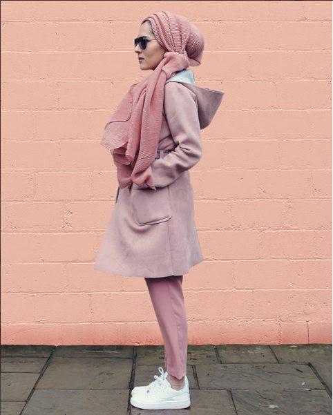 10 Hijabista Yang Anda Harus Follow Di Instagram Lifestyle Rojak