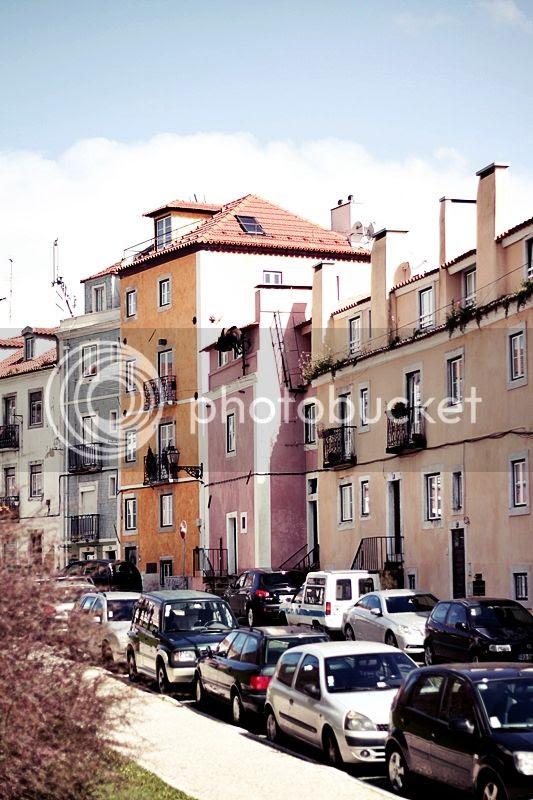 photo LISSABON_LISBON_LISBOA_PORTUGAL_TRIP_TRAVEL_HOLIDAYS_ALFAMA_zpse43ebb92.jpg