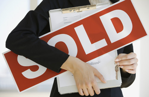 Selling real estate in Italy: a document checklist - Luxury Real Estate in Italy