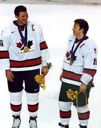Sakic Lemieux gold medal, Sakic Lemieux gold medal