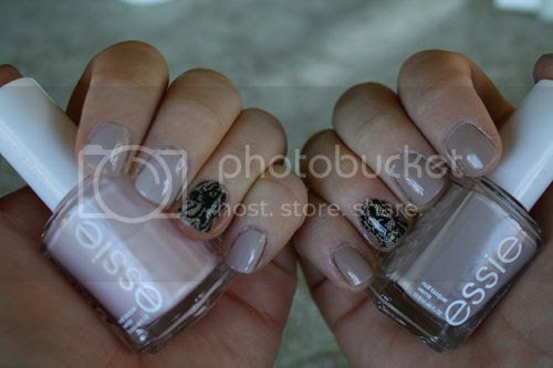 photo Essie-Ballet-Slippers-Sand-Tropez_zps49b0b2f5.jpg