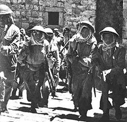 Soldati della Legione Araba che entrano a Gerusalemme