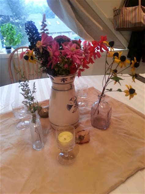 DIY Mix and match casual rustic centerpiece mock up