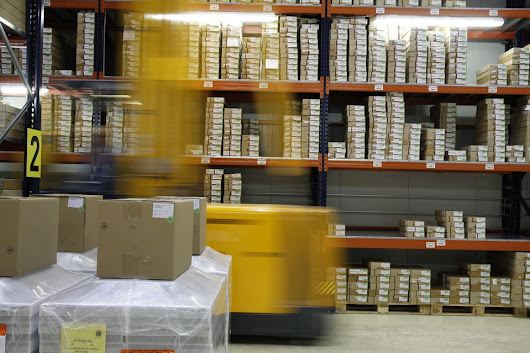Utilizing Just-In-Time Delivery to Upgrade E-commerce Logistics