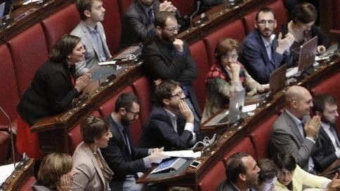 Italicum, c'è l'accordo Pd-FI Premio al 37% e soglia al 4,5%
