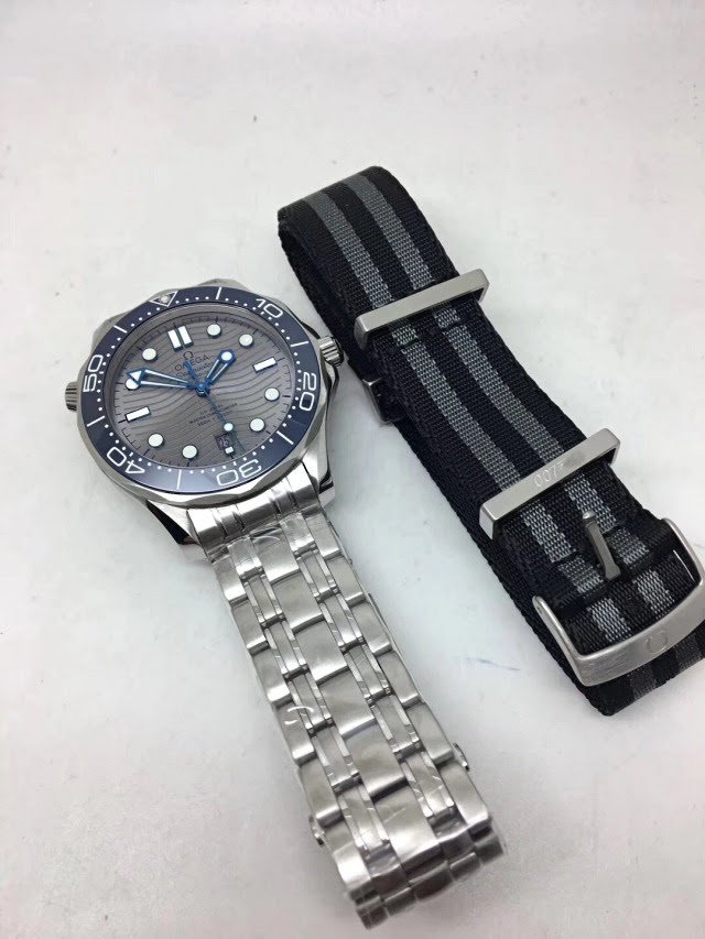 Omega Diver Grey with Free Nato Band