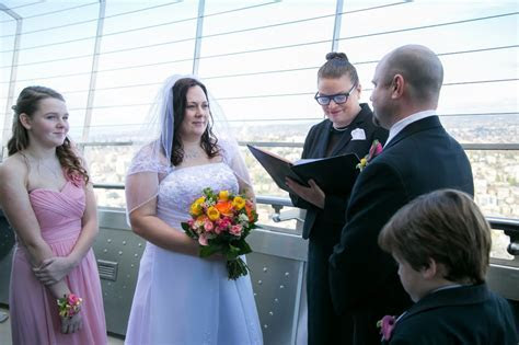 Space Needle Observation Deck Wedding ? Seattle Wedding