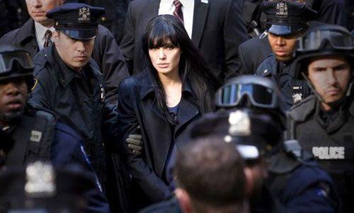 Angelina Jolie is arrested as a Russian spy in SALT.
