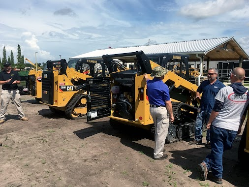 COMANCO Attends Skid Steer Training at Ring Power COMANCO has sent a handful of employees to participate...