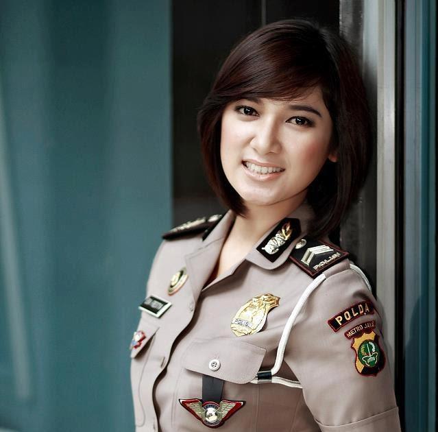 Baguseven 'blog: 8 Polwan Yang Tercantik di Indonesia