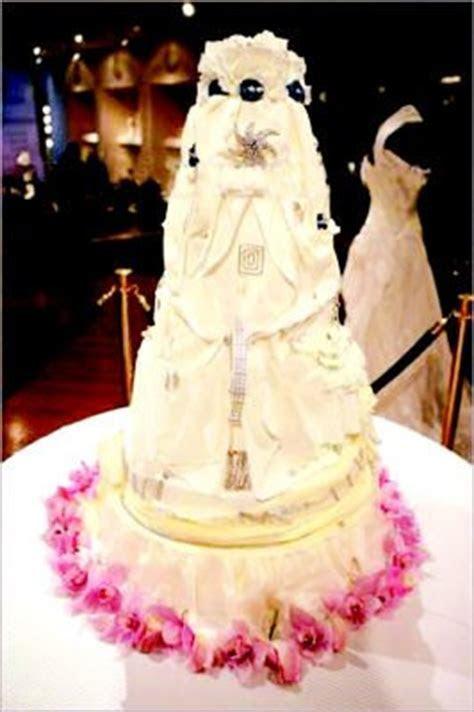 Diamond studded wedding cake