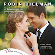 Book Review: Kissing the Maid of Honor by Robin Bielman