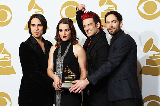 Halestorm Score Chart-Topping Singles From Consecutive Discs