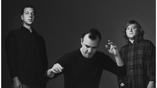 First Listen: Future Islands, 'Singles'