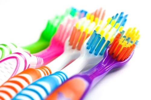 Manual Toothbrush, or Electric Toothbrush? That is the Question - Dental Hygiene - El Paso Dentist - Dr. David Rizk