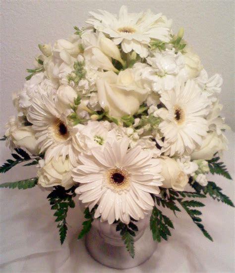 Fantasy Flowers & More ~ Gerbera Daisy Wedding centerpiece