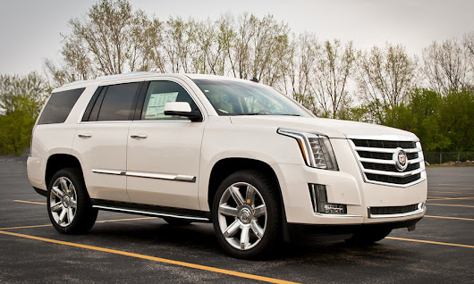 Cadillac car for rent in Miami at very affordable price |